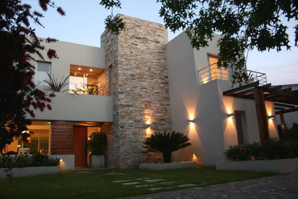Piedras para fachadas de casas.
