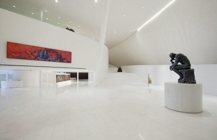 Lobby de acceso al Museo Soumaya.