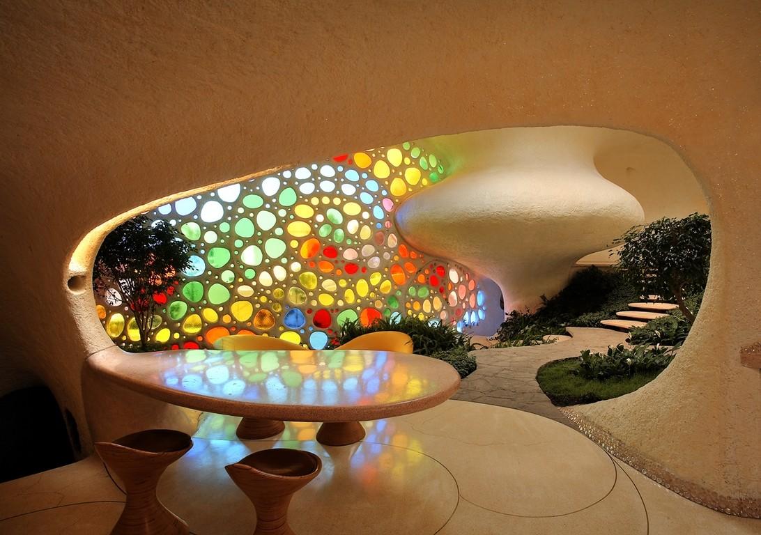 Los interiores de la arquitectura orgánica son sinuosos.
