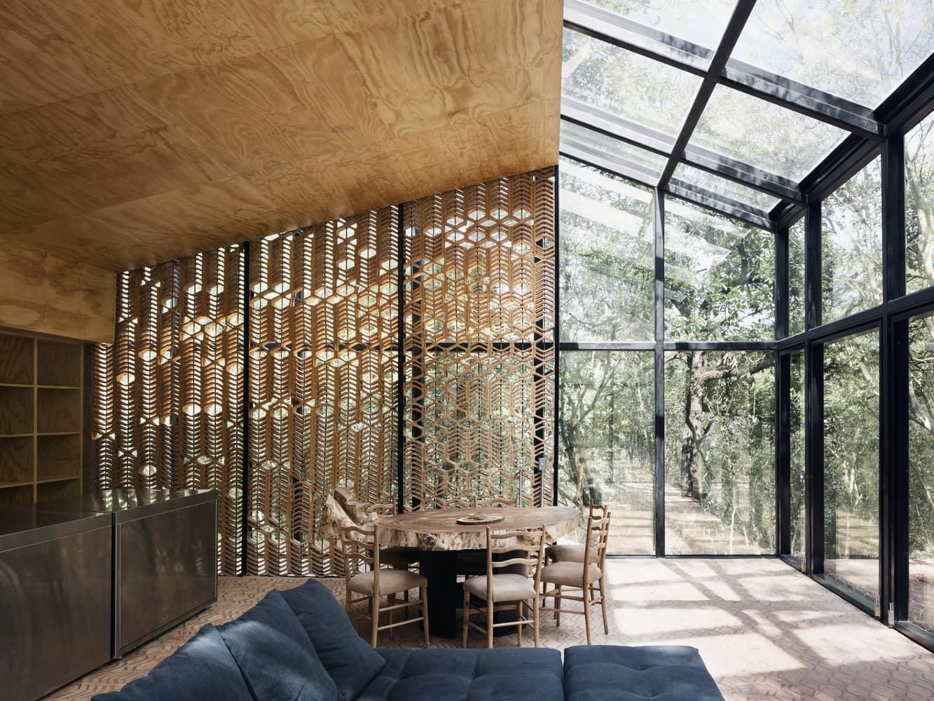 Casa minimalista una planta.