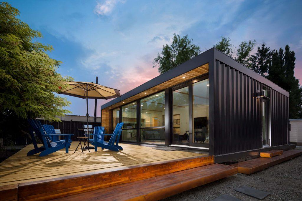 Las casas hechas de contenedores se adaptan al entorno.