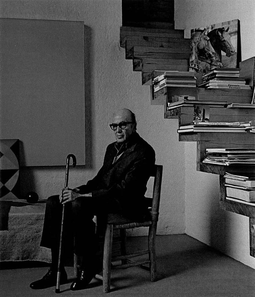 Luis Barragán en la casa estudio de Tacubaya.