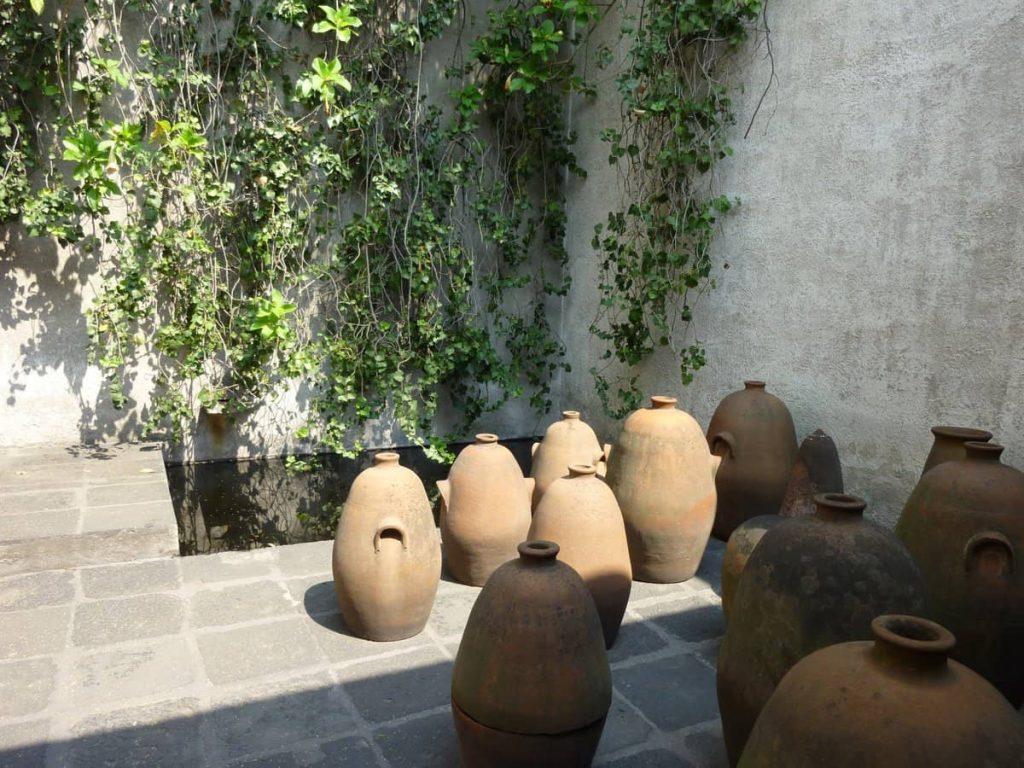 El patio de las ollas.